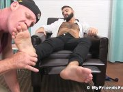 Passionate homo pleasures friends foot soles with tongue