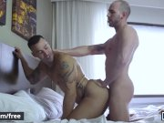 Men - Alexy Tyler and Shawn Hardy and William Seed - Closet Peepers