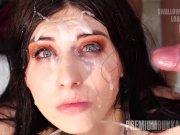 Семьдесят камшотов на лицо брюнетки, порно видео проглотила сперму