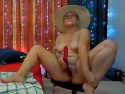 Squirting huge gush on her dildo