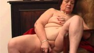 Old woman fucks yong girl - Plump granny fucks her old pussy