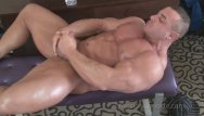 Free muscle gay movie - Muscle guys jerking off