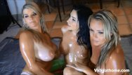 Trisha naked photo - Milf vicky vette live 3 girl oil show