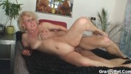 Mature women grannies - Old women gets her bald pussy slammed