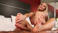 Sexy jennifer anistion height Sexy nicole aniston gives her man a footjob