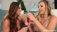 Fun teen christmas games Samantha saint abigail mac christmas fun