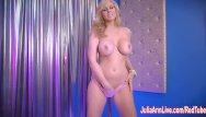 Power strip amps Sexy milf julia ann in strip tease