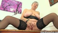 English speaking granny sex streaming English granny savana is fingering old pussy