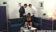 Sex with mommy friend Chubby mommy double dicked after photosession