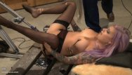 Twilight sex female squirt - Vyxen steel anal fucking machine bdsm sex