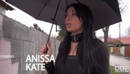 House of handjobs - Anissa kate sells her house with a perfect pov blowjob