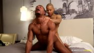 Gay hook up list - Nextdoorebony hooking up with hung stud from the gym