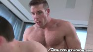 Dustin metz pornstar gay Falconstudios alex mecum makes dustin blow his load