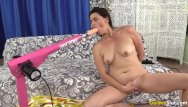 Mature pussy orgasm - Mature pussy is reamed by a machine