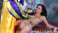Evil midget clowns Veruca james fucks the shit out of a clown - brazzers