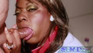 Loaded xxx - Ebony get suprised with huge load on her face