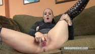 Milf seeker selena Selena sky in black boots and fucking a toy