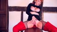 Leather gloves porn Milf red finger fucks her tight wet twat in leather gloves