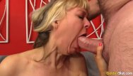 Jamie spears pussy Mature jamie foster fingers her pussy before receiving a hard fucking