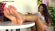 Mature crossdresser platform heels tube Teenage barefoot brunette in platform heels