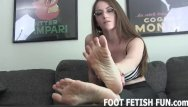 Asian foot free fucking video - Femdom foot worship and toe sucking videos