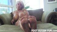 Black foot free porn Feet worshiping and femdom foot porn
