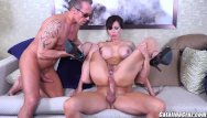 Mound of venus masturbation - Catalina cruz plays melania mounds and fucks 2 men