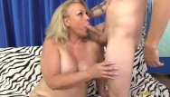 Riding fuck showing her skills - Chubby mature summer shows a skinny guy her cock riding skills