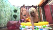 Spanking teen tube Fetish verano en la piscina