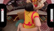 Virtual girl 2 strip saver Vrcosplayx threesome with 2 broke girls max and caroline