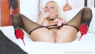 Hanes sheer energy pantyhose - Busty blonde milf tara spades wanks off in sheer black pantyhose stilettos