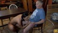 Mature and housewifef tgp - Daddy4k. papa aux cheveux gris fait lamour dans le bar de la fille de son f