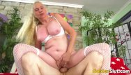 Sara evans slut - Cock hungry blonde gilf sara skippers rides a younger man
