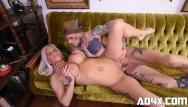 Pamela andersons sex type Ad4x pamela se fait baiser par un gars bizarre