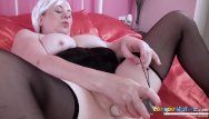 Electric ladyland naked Europemature british lady toying masturbation