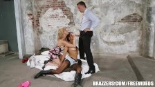 Back ally threesome with Abbey – brazzers