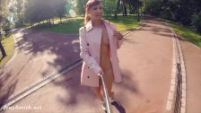 Jeny Smith fully naked in a park got caught