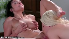Adria Rae's Lez Masseuse Grinds on Ass with Naked Pussy