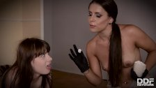 Dominatrix Brandy Smile crams Luna Rival's wet pussy & ass with double dong
