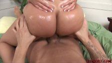 Brianna Love's Bubble Butt Jiggles while Fucked