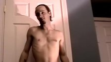 Amateur stud shows his sweet dick some tug love