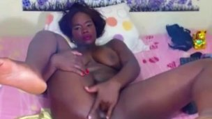 Ebony babes in real homemade videos