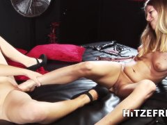 HITZEFREI Foxi Fire and Lina Lust licking and fisting session