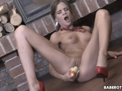 Solo masturbation with a dildo, with Sarah Kay, in 4K