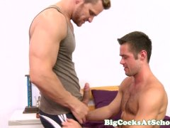 Bigcock Athlete Deep Throated Off And Rimmed