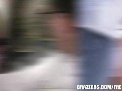 Sexy Hitchhiker Krissy Lynn - brazzers