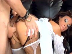 Two Wild Babes Pummeling In Torn Up Pantyhose