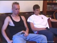 Roar And Skylerr Gargle Dick