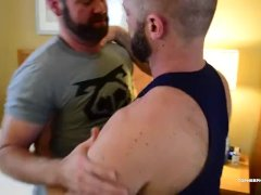 Muscle Worshiping Bears Barebacking