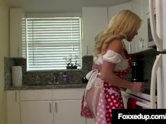 Ebony Tart Jenna Foxx Eats Cristi Ann's Hot Goods!
